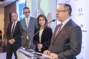 Franco Pallamolla, presidente da ABIMO, discursa para convidados da Hospitalar.