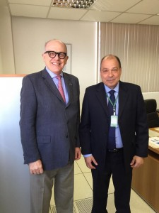 Paulo Fraccaro e o diretor da ANVISA, Fernando Mendes